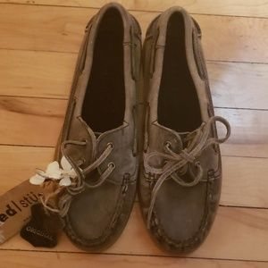 NWT Bed Stu distressed-look boat shoes sz8.5